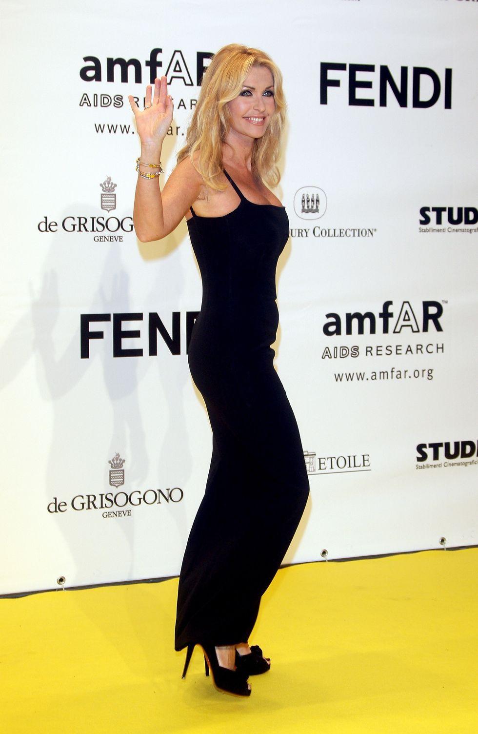 """Polemica Iene - Paola Ferrari: il video """"dell'aggressione"""""""