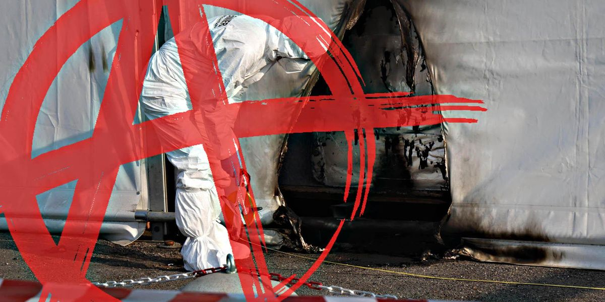 polizia scientifica bottiglie incendiarie brescia anti covid