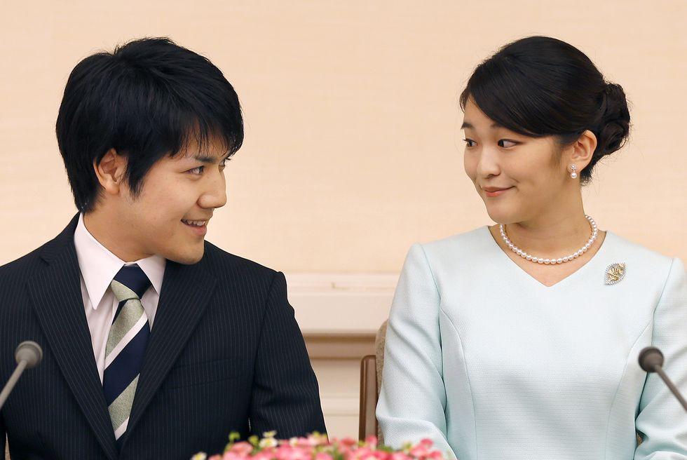La principessa Mako durante la conferenza stampa dove ha ufficializzato il fidanzamento con il borgese Kei Komuro