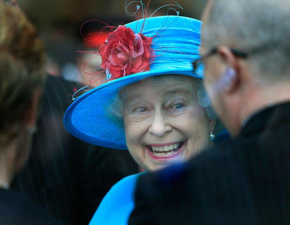 Dio salvi la Regina dalla Terza Guerra Mondiale