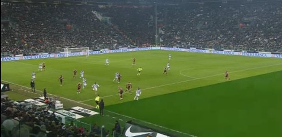 Juventus - Milan 3-1, la moviola in diretta