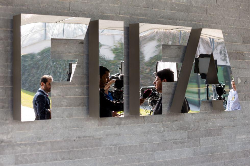 Scandalo Fifa, 53 conti bancari sospetti nell'inchiesta svizzera