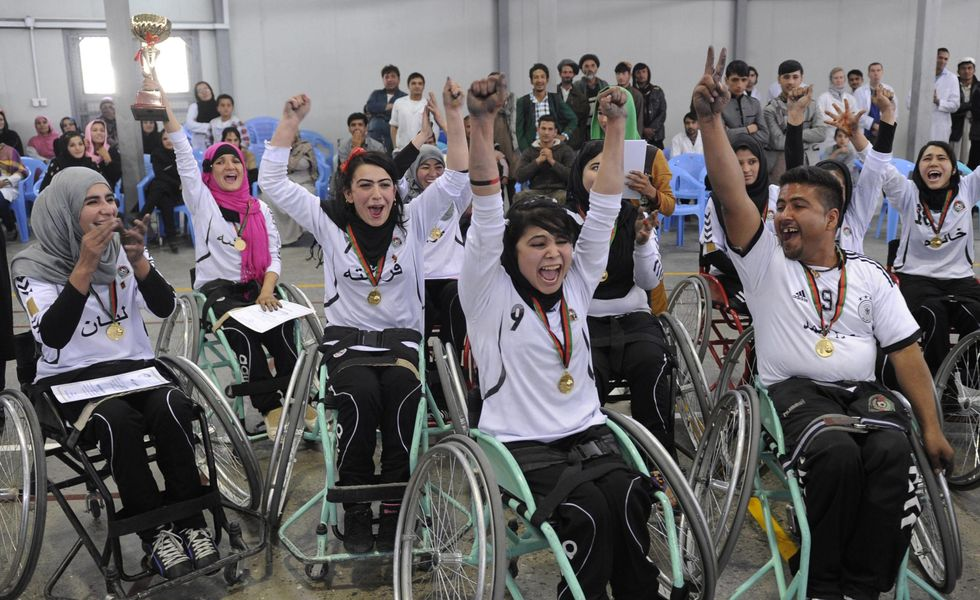 Kabul: il campionato di basket per mutilati di guerra