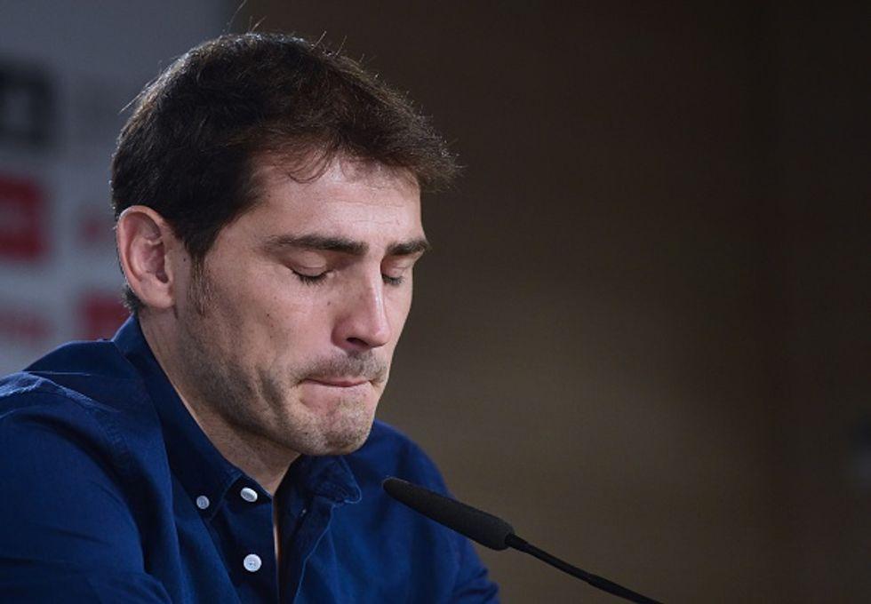 """Le lacrime di Casillas: """"Addio Real Madrid"""". La bandiera si ammaina"""