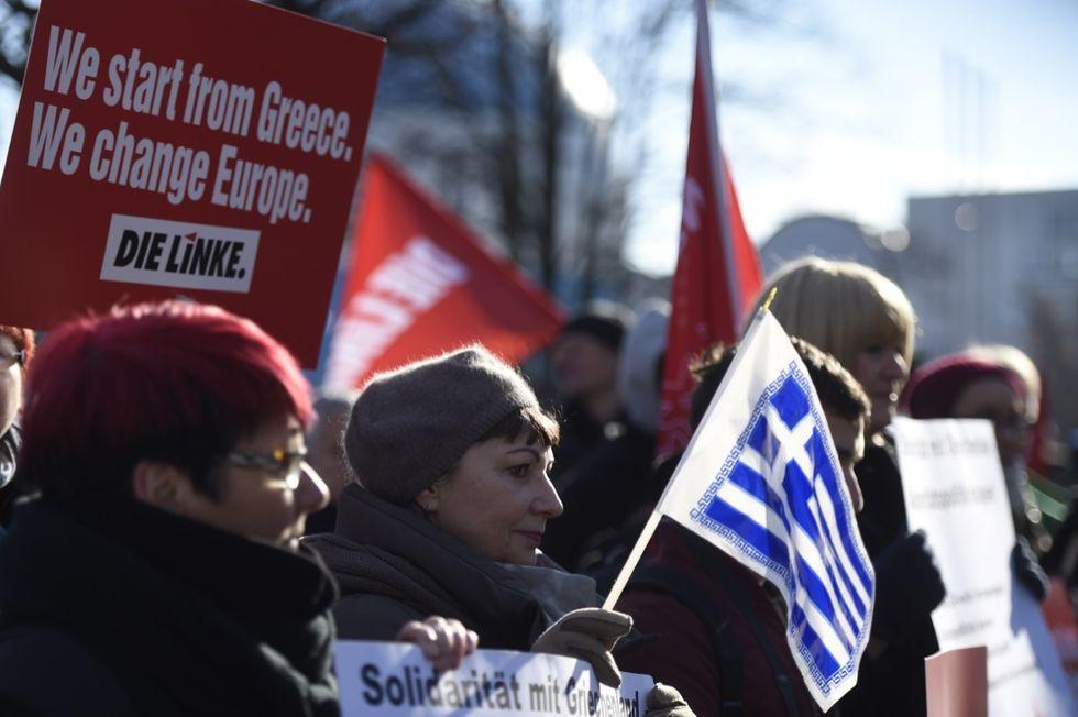 Le 5 cose che la Grecia può fare per il suo debito