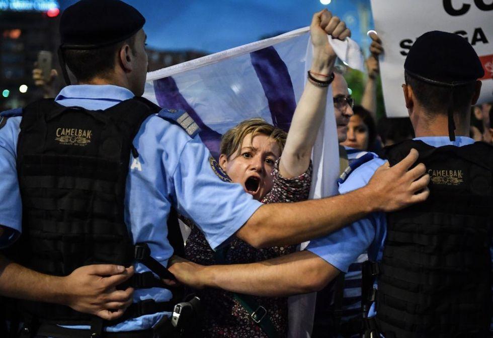 manifestanti-corruzione-romania