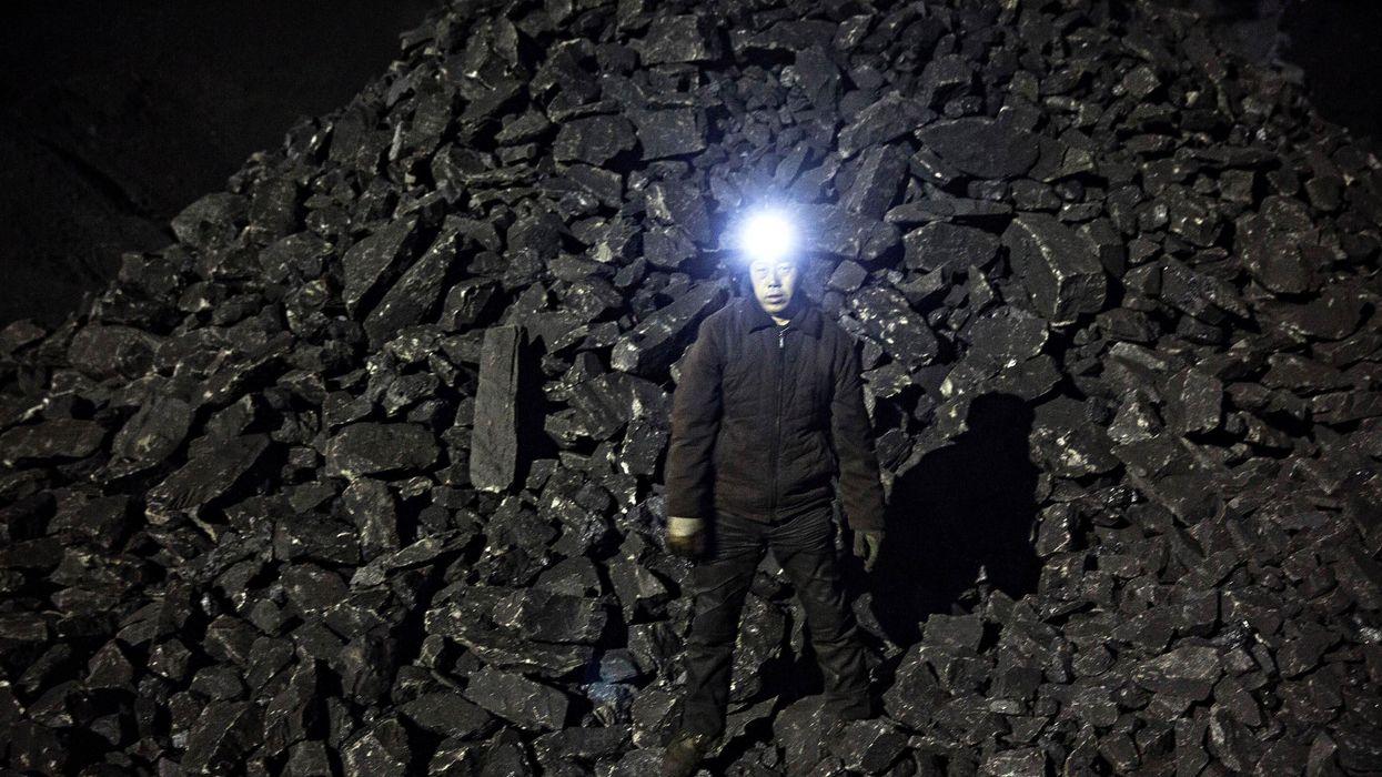Cina: carbone amaro