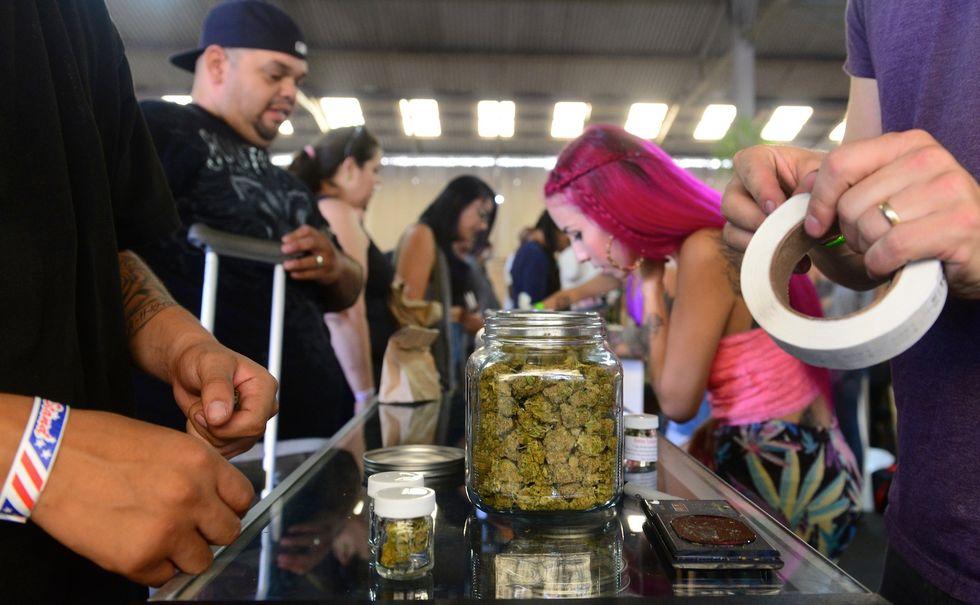 Negozio Usa che vende marijuana