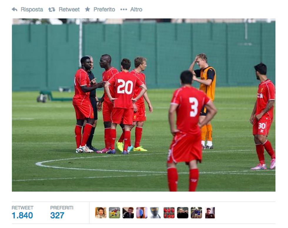 """La prima """"Balotellata"""" al Liverpool"""