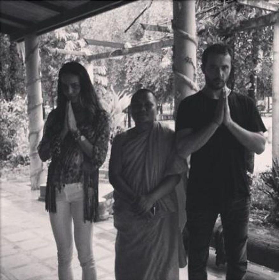 Nina Moric: matrimonio buddista in Cambogia con Massimiliano Dossi