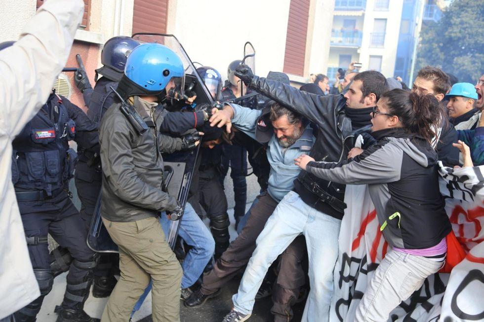 La Fiom a Brescia: scontri alla manifestazione