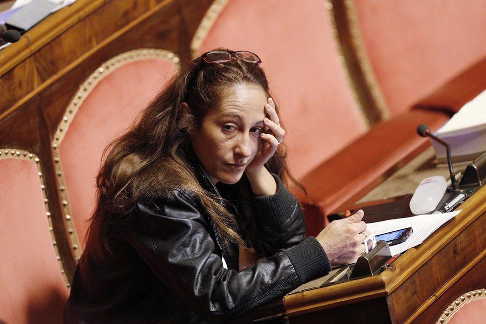 Paola Taverna: Renzi fa rimpiangere Berlusconi e pure Letta