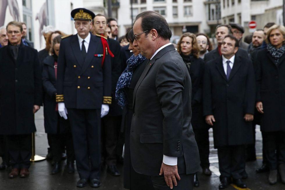 Terrorismo: Hollande rinuncia allo stato di emergenza