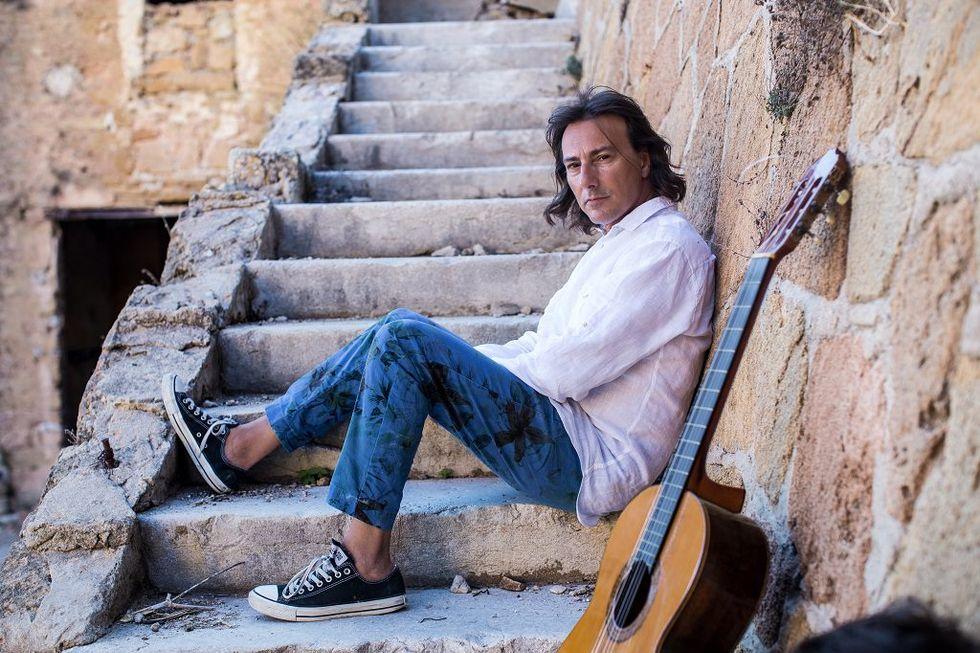 Pippo Pollina in tour per omaggiare Falcone e Borsellino