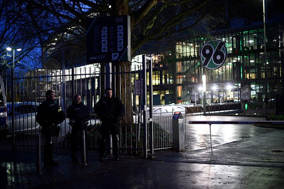 Allarme bomba allo stadio: cancellata Germania-Olanda