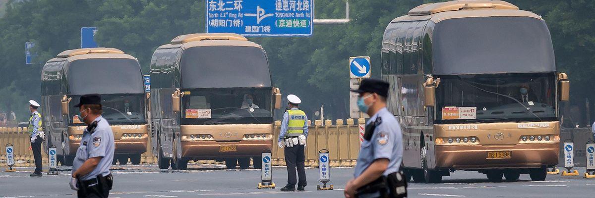 Con la pandemia l'Occidente è più simile alla Cina