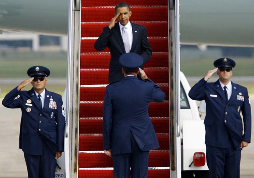 Obama vince la sfida con gli extraterrestri