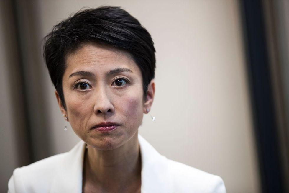 Il Giappone si prepara a un imminente terremoto (politico)