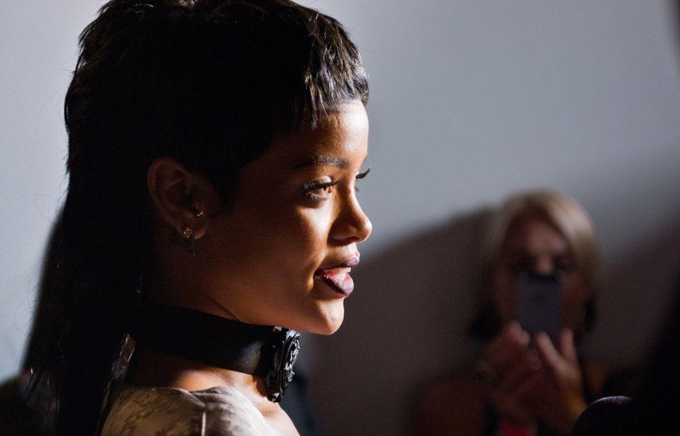 Rihanna spende 17.000 dollari in uno strip club