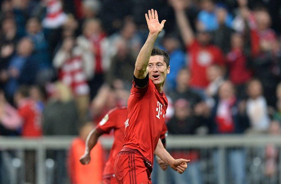Lewandowski nella leggenda: 5 gol in 9 minuti