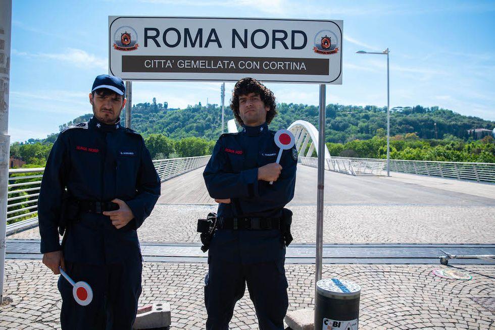 Romolo + Giuly: la nuova serie comedy di Fox, nel segno di Boris