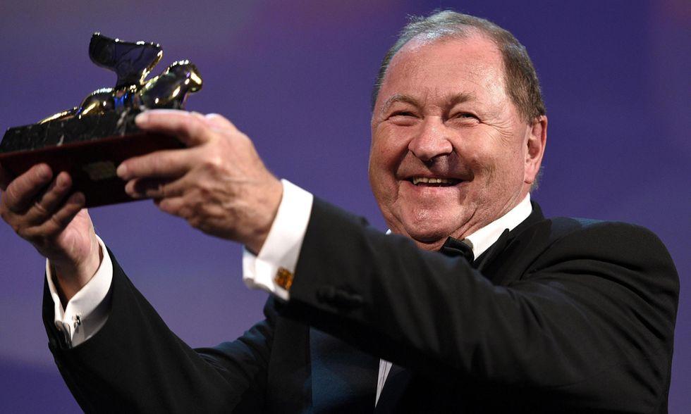 """Venezia 2014, Leone d'oro al """"piccione"""" dello svedese Roy Andersson: tutti i vincitori"""