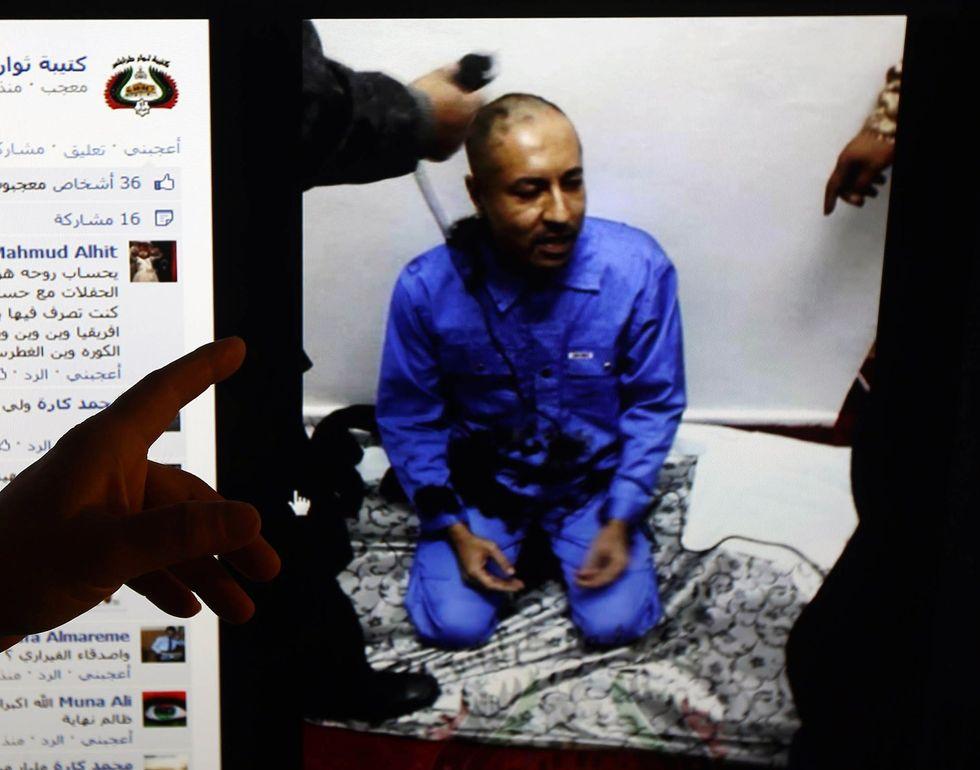 Il video delle torture a Saadi Gheddafi