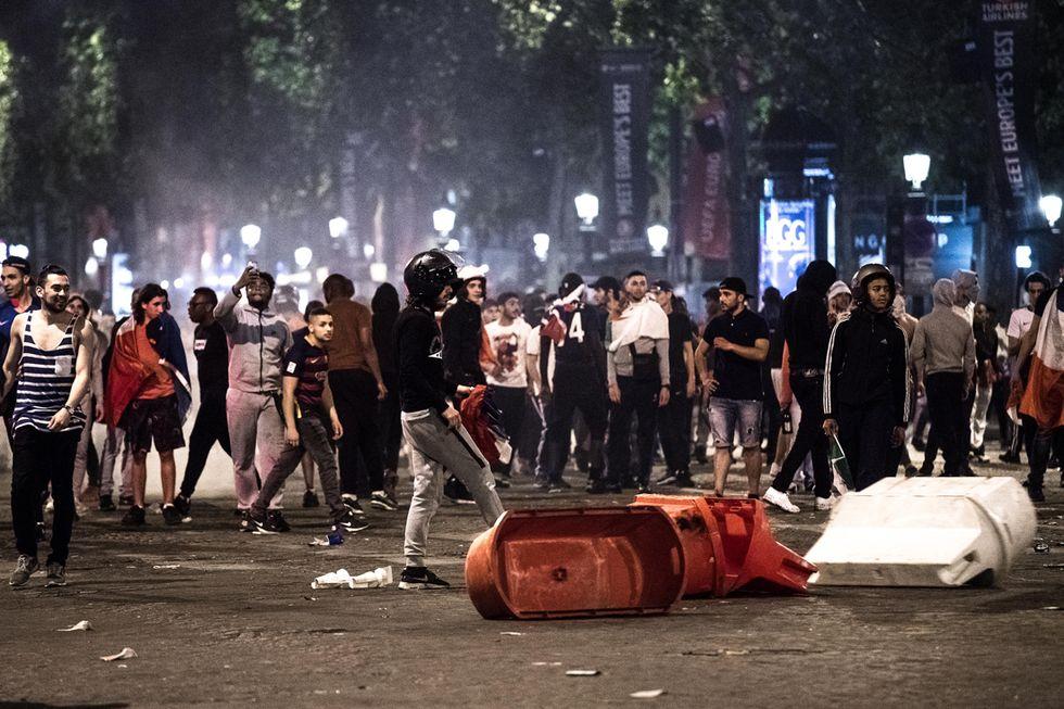 scontri_parigi