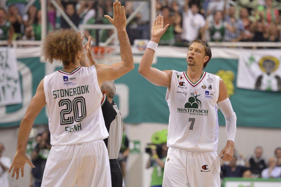 Basket: Siena troppo forte per Milano