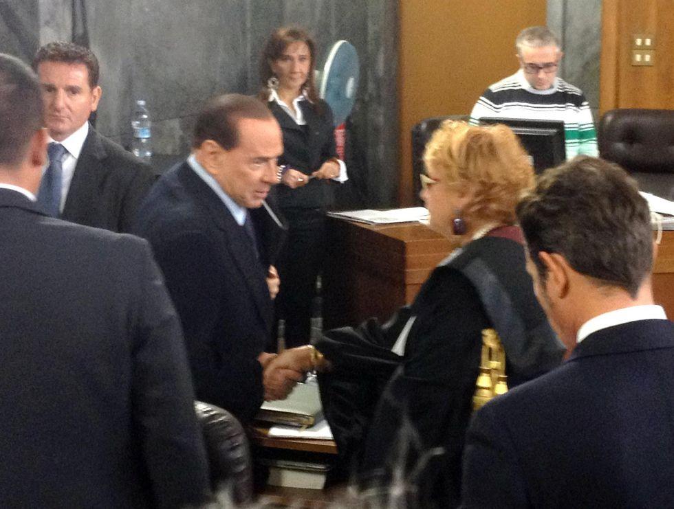 """""""Silvio, vai avanti!"""""""