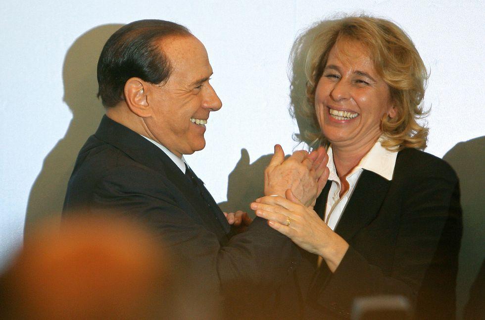 """S. Craxi: """"Berlusconi vittima, come mio padre"""""""