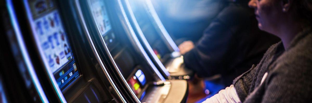 slot machine gioco legale