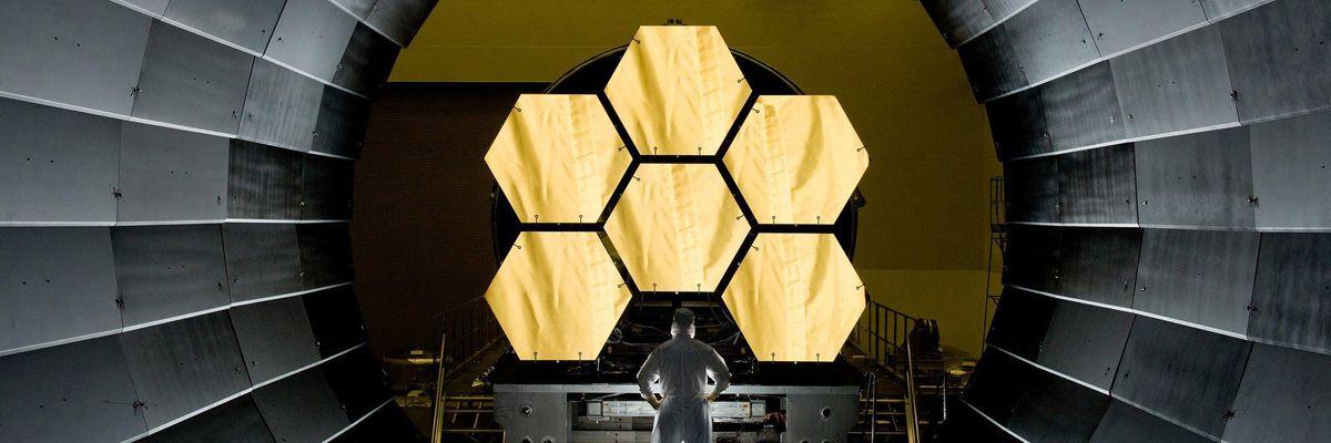 super telescopio James Webb
