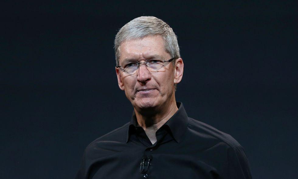 Apple: Tim Cook lascerà tutto in beneficenza