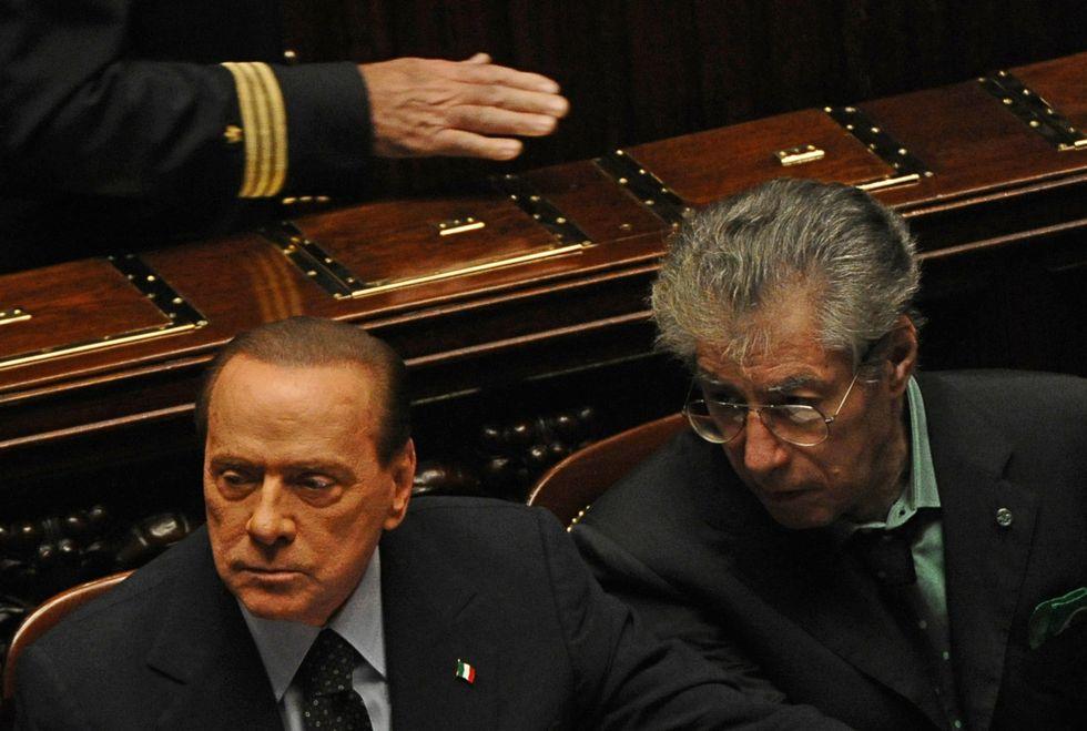 """Bossi: """"Berlusconi è un perseguitato"""""""