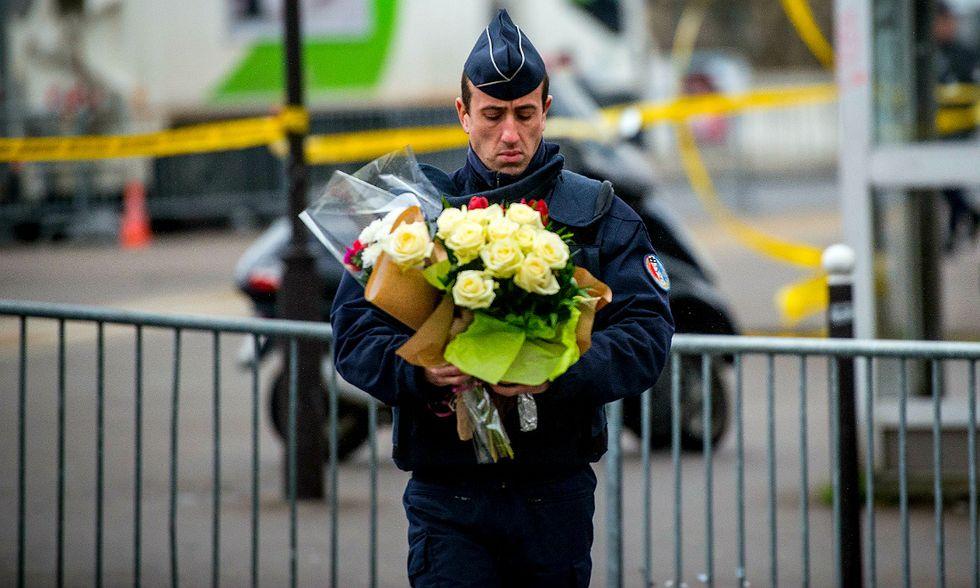 Francia sotto choc ma pronta a reagire