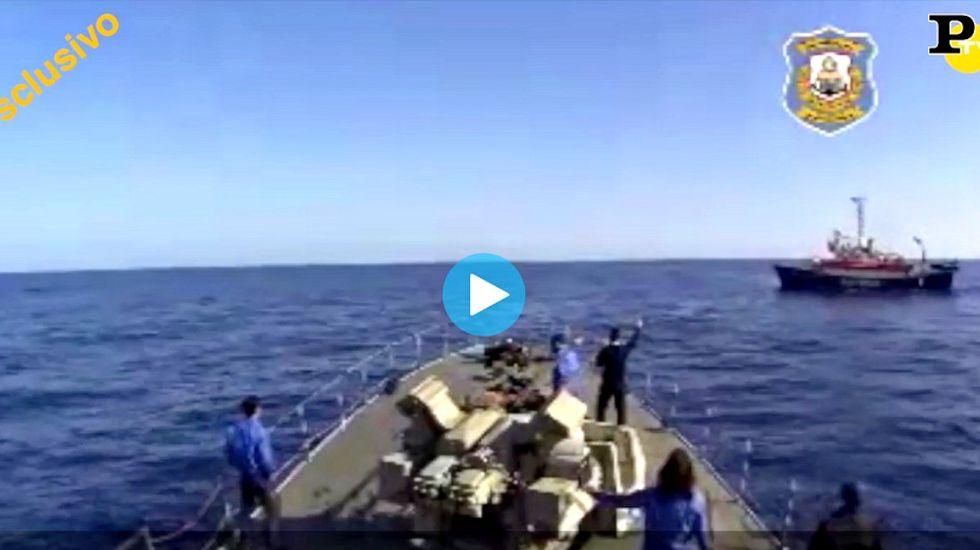 """Migranti e Libia: """"Panorama"""" a bordo delle motovedette di Al Serraj - Video"""