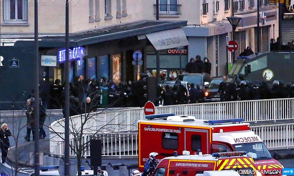 Charlie Hebdo: uccisi i terroristi in due blitz