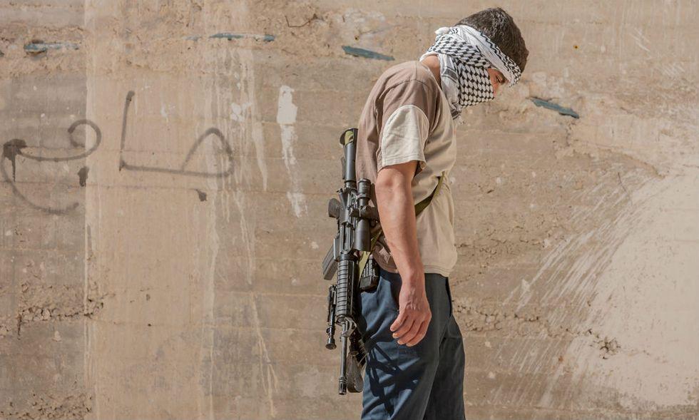 siria-guerra-miliziano