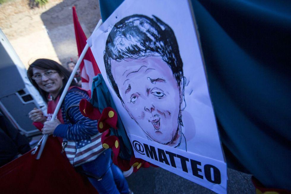 Matteo Renzi, re nudo in un'Italia piena di confusione
