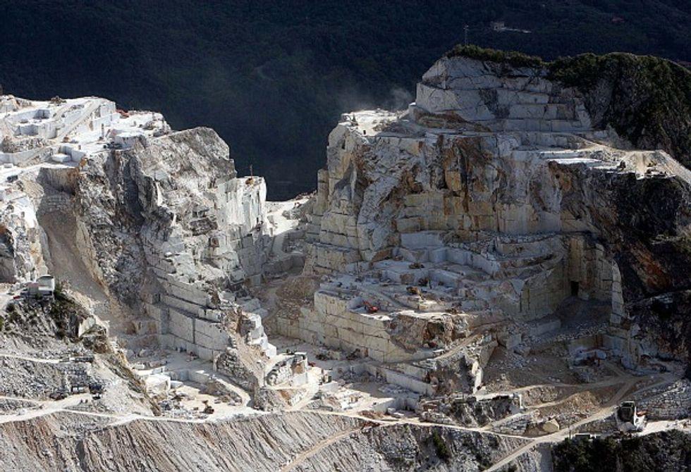 Marmo di Carrara, strana storia di un esproprio