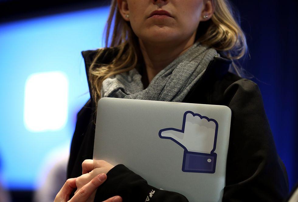 Facebook, il business vince grazie anche al social design