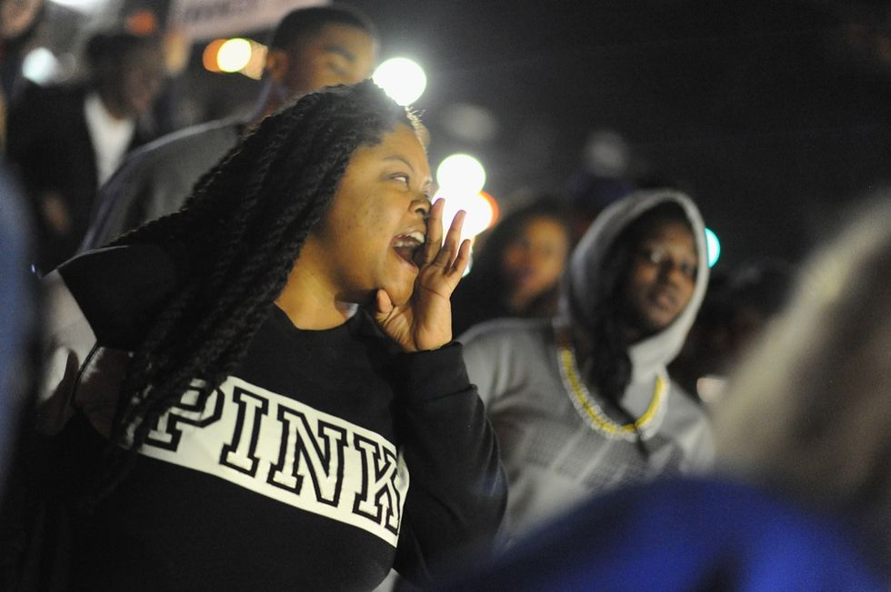 Ferguson: nuovi scontri con la polizia - LE FOTO