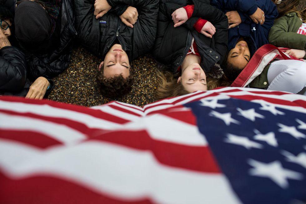 Stati Uniti: da #metoo a #neveragain: perché la strada è lunga ma c'è