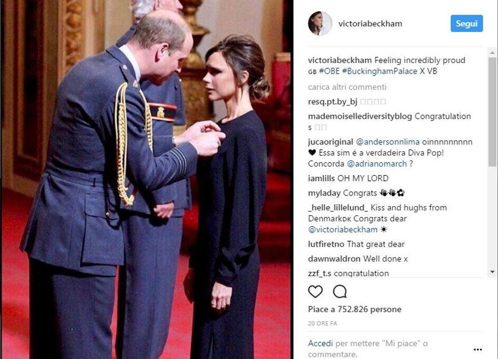 Victoria Beckham premiata dal Principe WIlliam