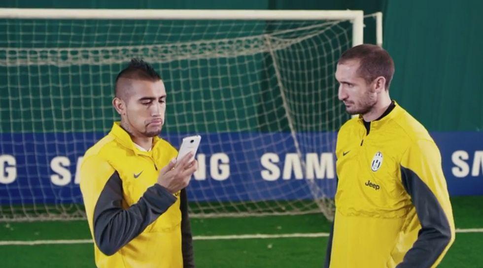 La Juve si allena con… il Samsung Galaxy S4